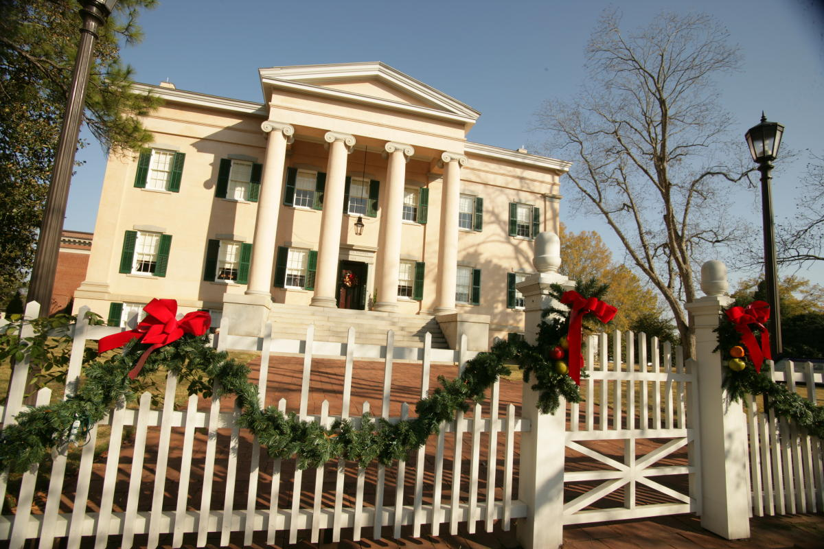 Old Governors Mansion Christmas