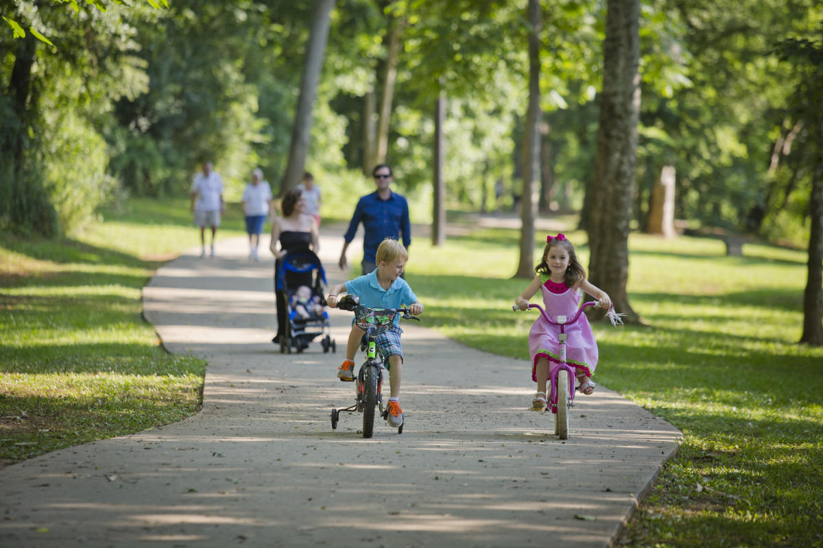 Families on the Oconee River Greenway