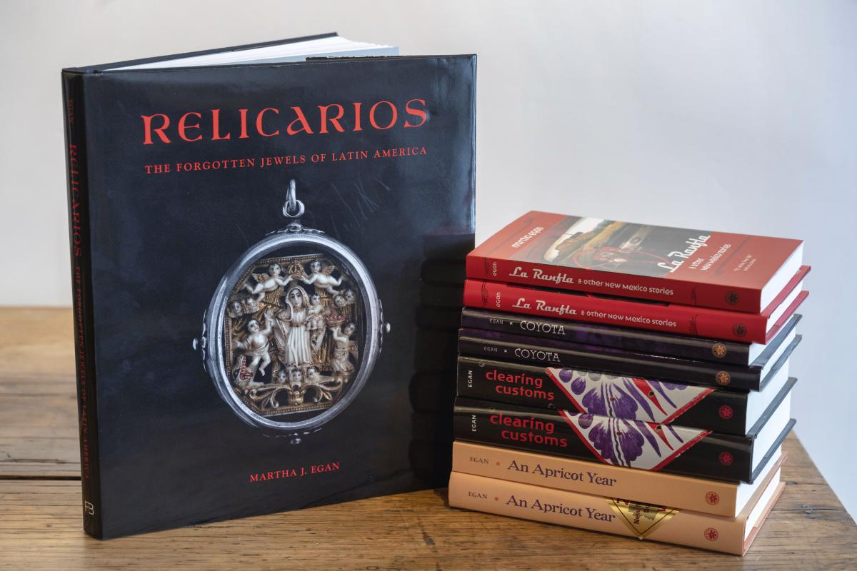 Relicarios: The Forgotten Jewels of Latin America by Martha J. Egan
