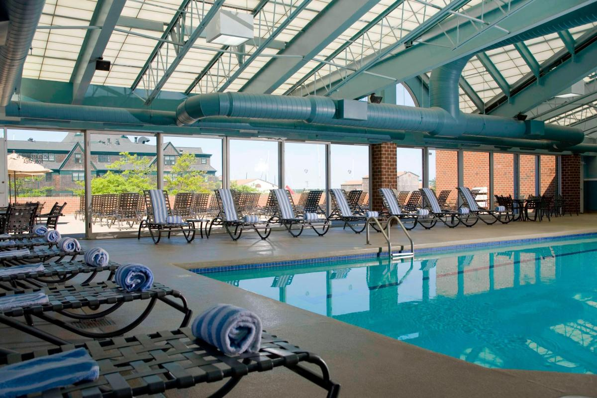 Newport Marriott Pool