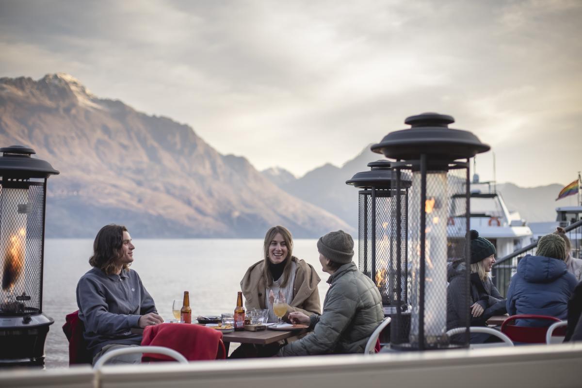 Apres-Ski Public Kitchen and Bar