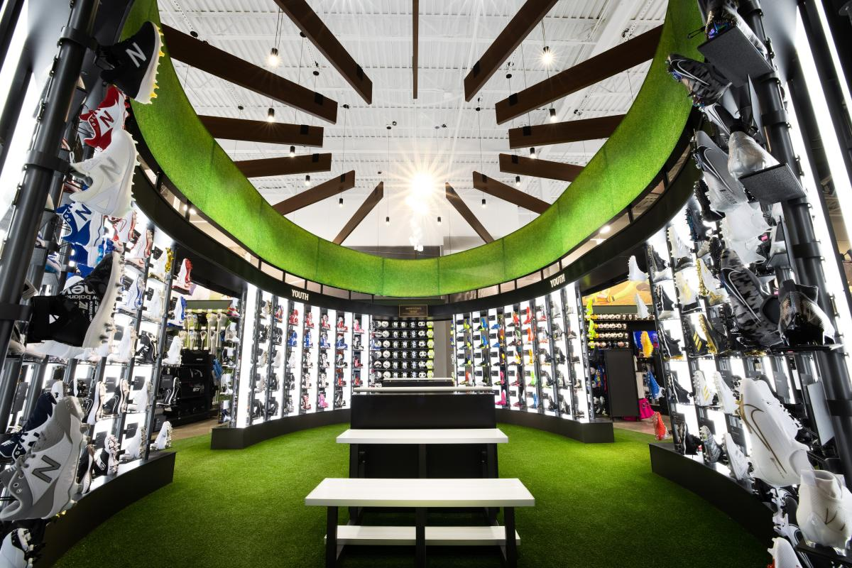 DICK'S House of Sport - House of Cleats