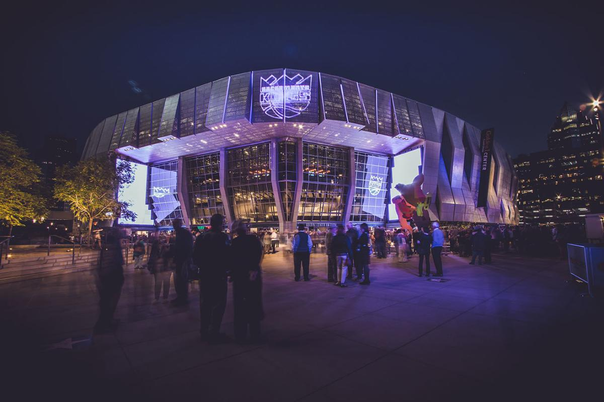 Golden 1 Center Exterior at Night with Kings logo