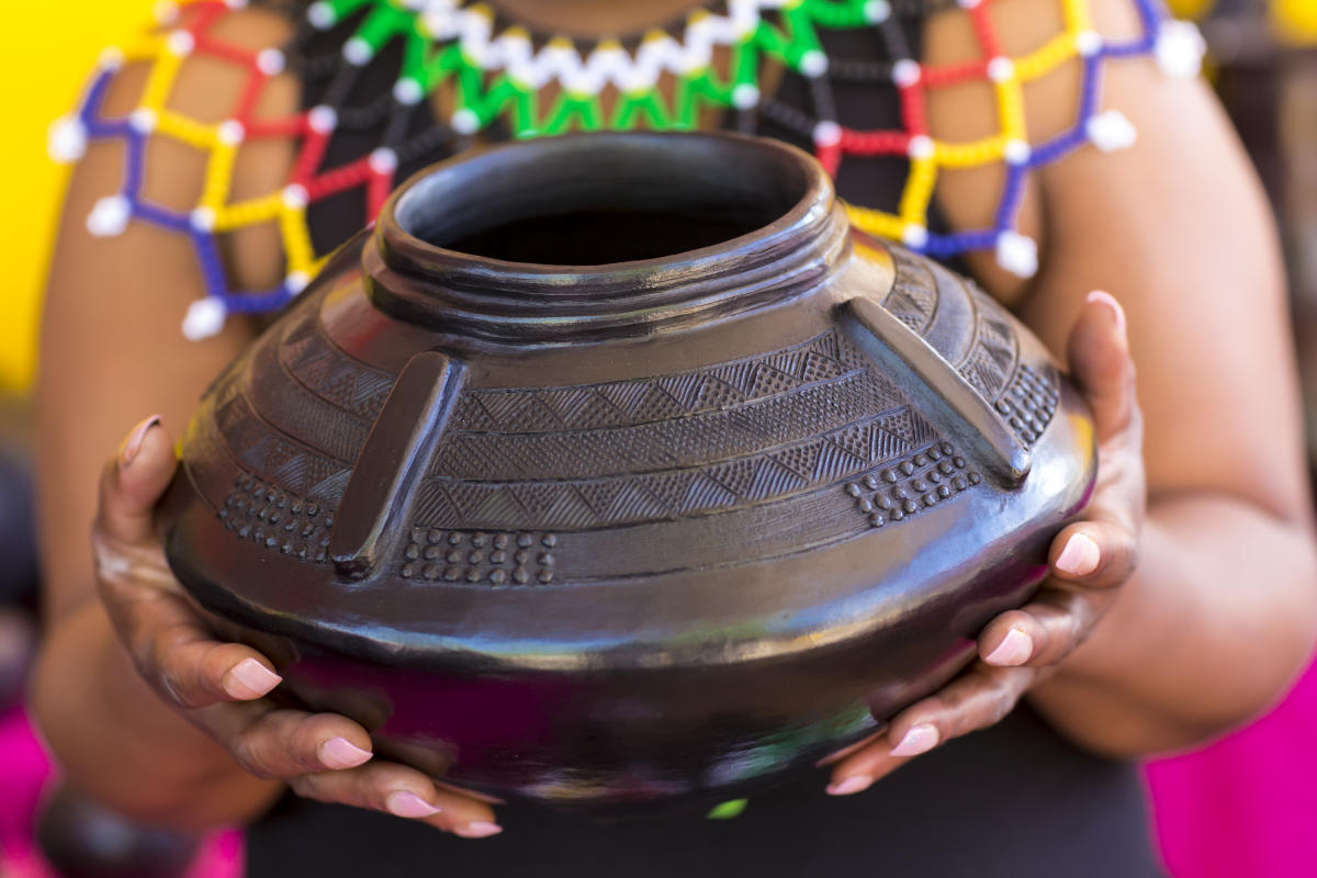 Black Pot, IFAM