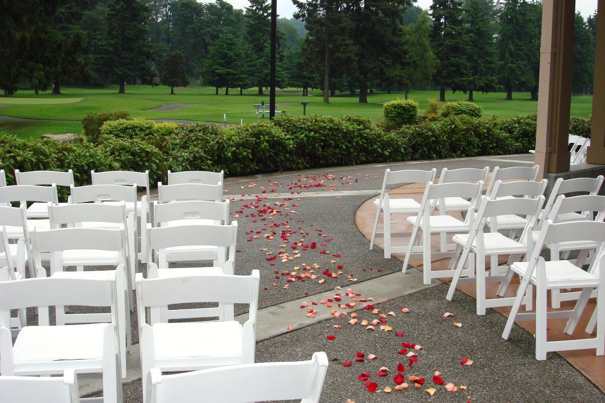 Wedding set at Foster Golf