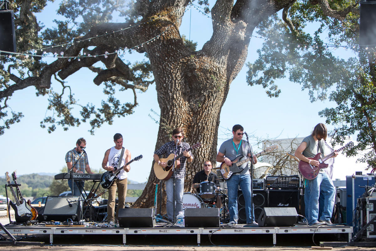 A band playing at an a winery's outdoor venue in SLO CAL