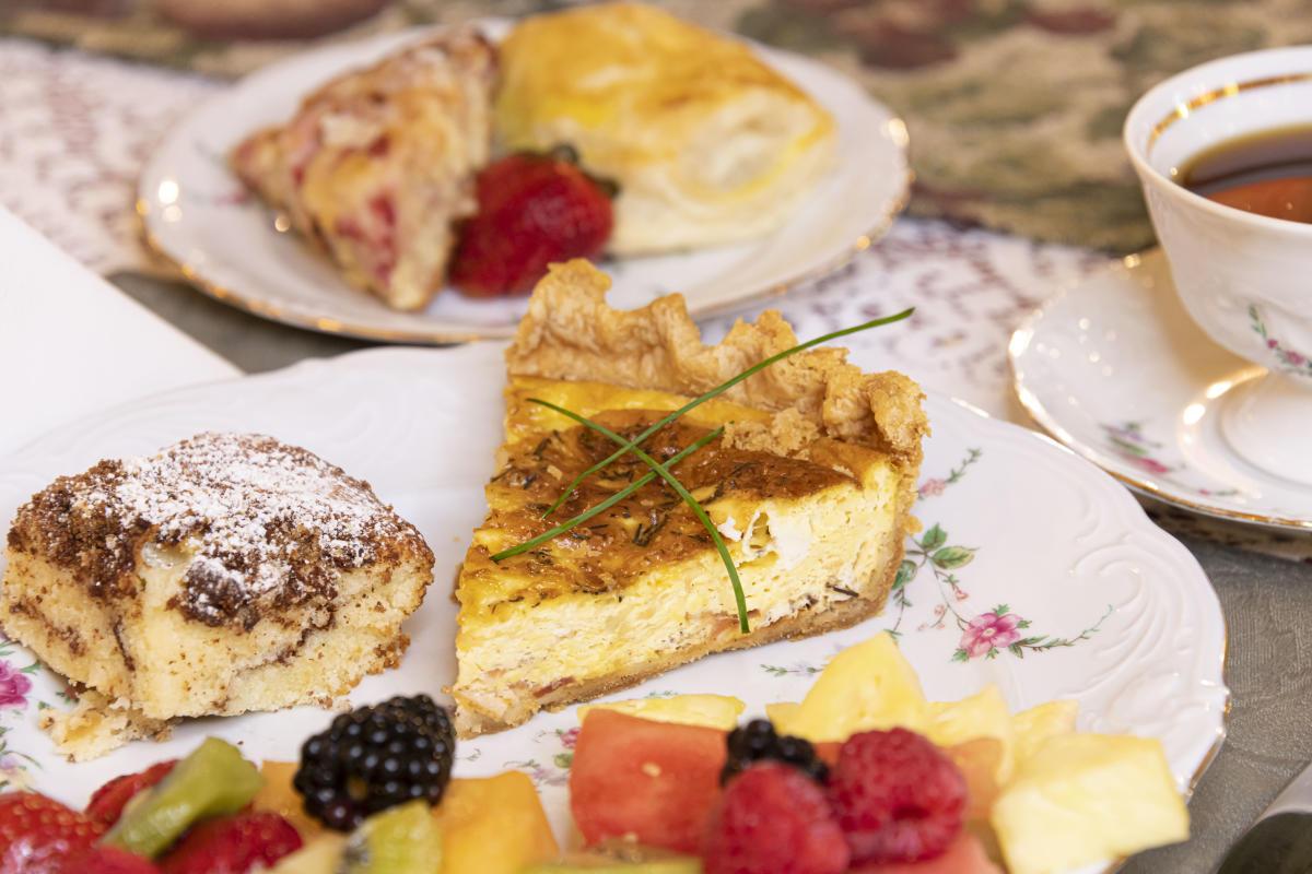 Breakfast at The Oliver Inn