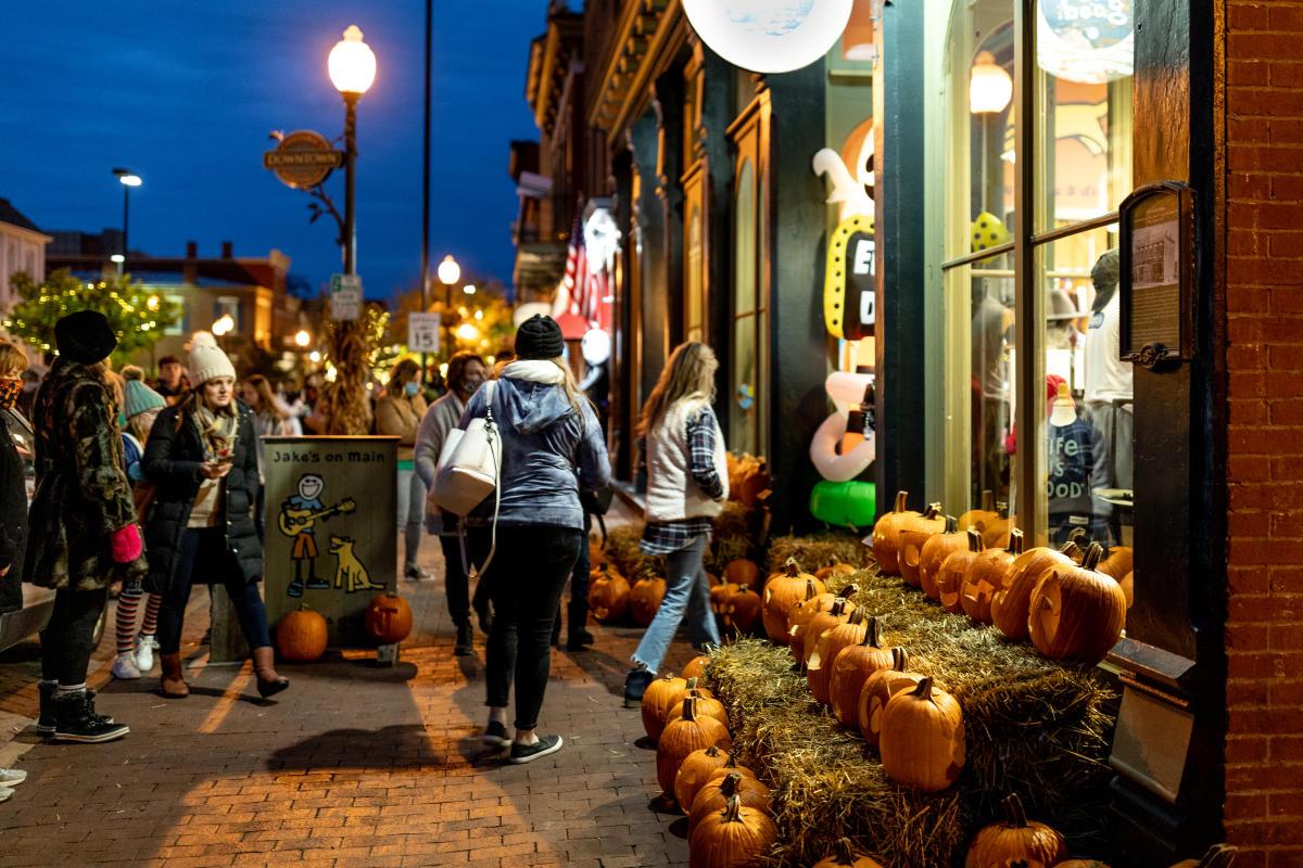 Pumpkin Glow in St Charles