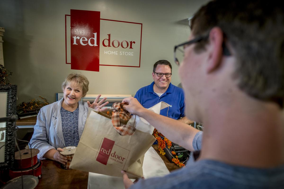 Red Door Home Store in Fairlawn Plaza | Topeka, KS