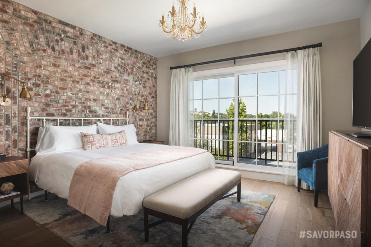 Piccolo Hotel Interior Room