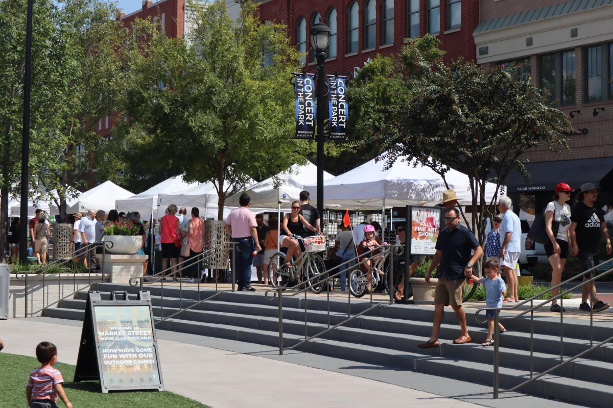 Fine Arts Show at Market Street