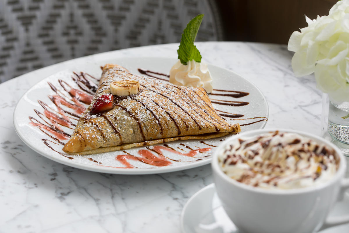 Nutella Crepe and Latte at Sweet Paris