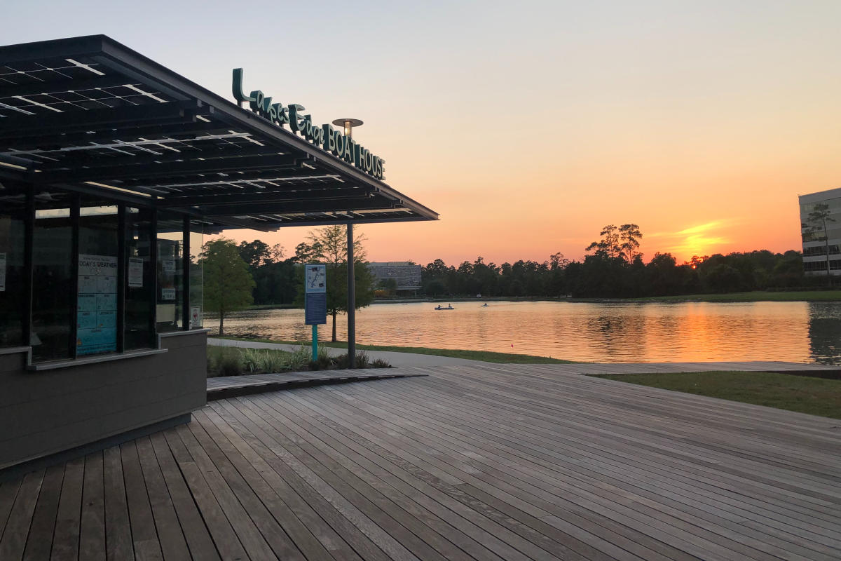 Lakes Edge Boat House during Sunset