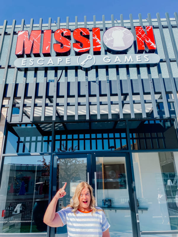 Image of Disneyland Tour Guide in front of Mission Escape Games
