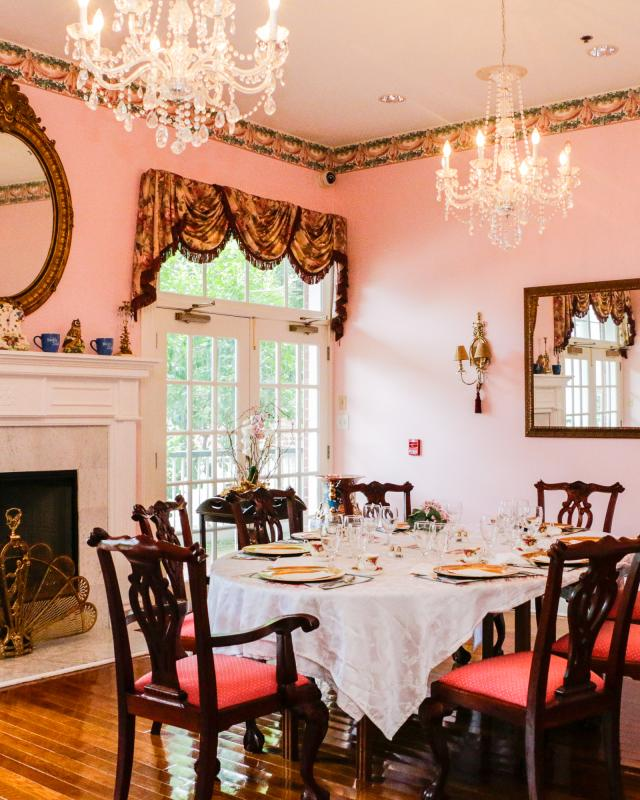 Hubbard Mansion Dining Room