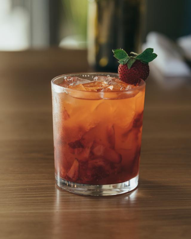 Down the Bayou – Rhum du bayou, fraises, citron et gingembre – DTB