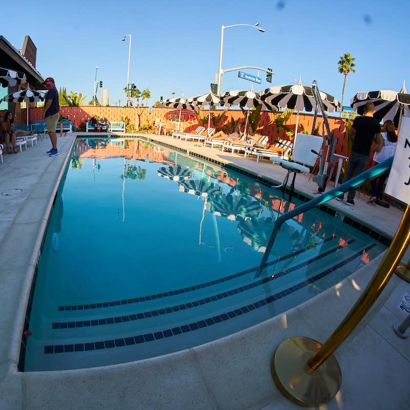 fisheye-pool-view