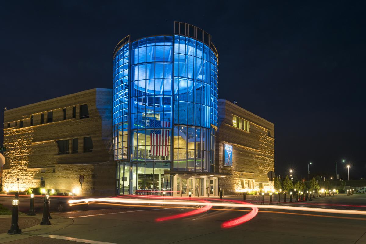 Flint Hills Discovery Center
