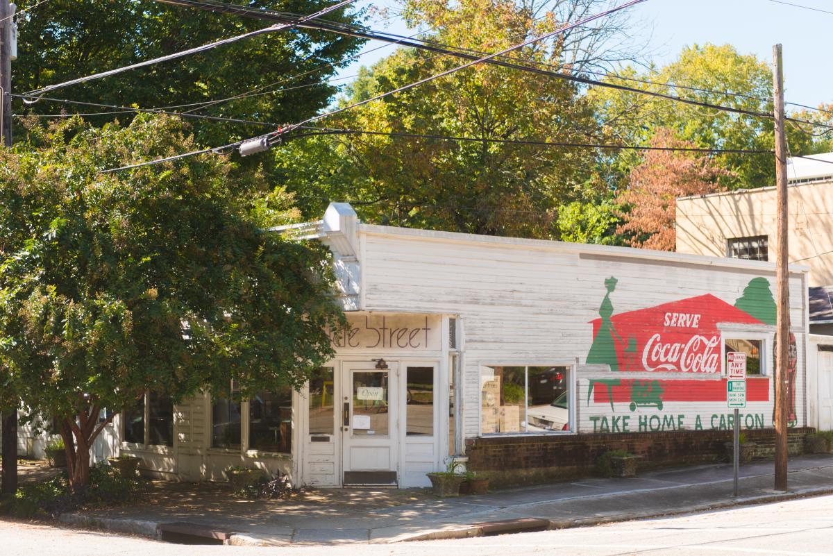 Oakwood Side Street Cafe
