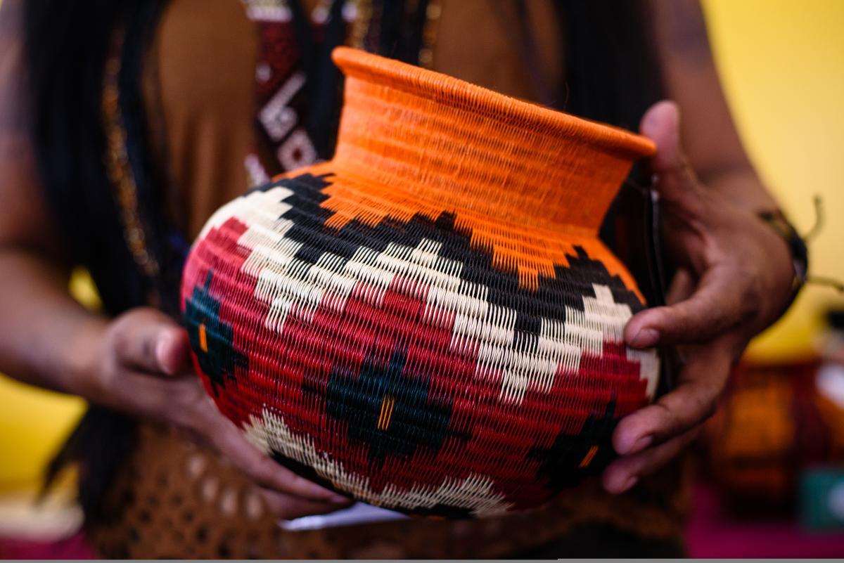Basket by Crucelina Chocho Opua
