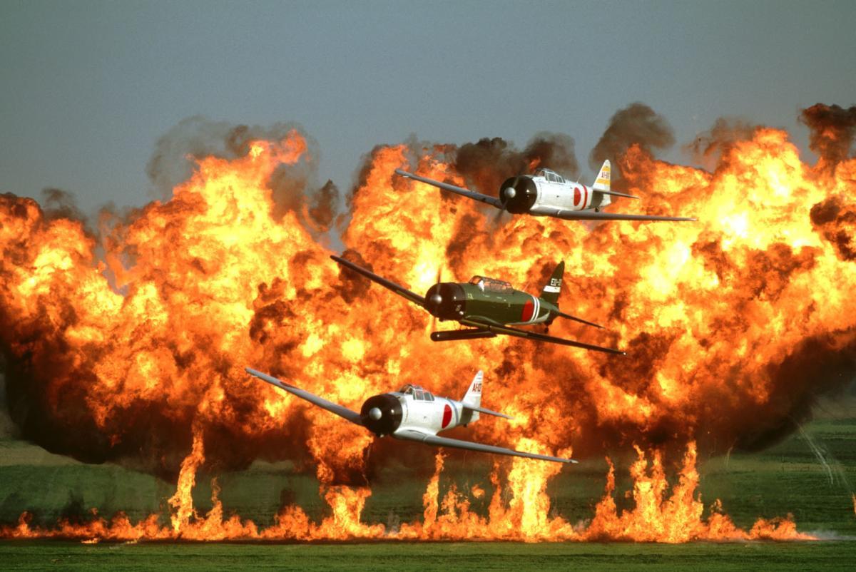 Thunder Over The Heartland - Tora Tora Tora Planes