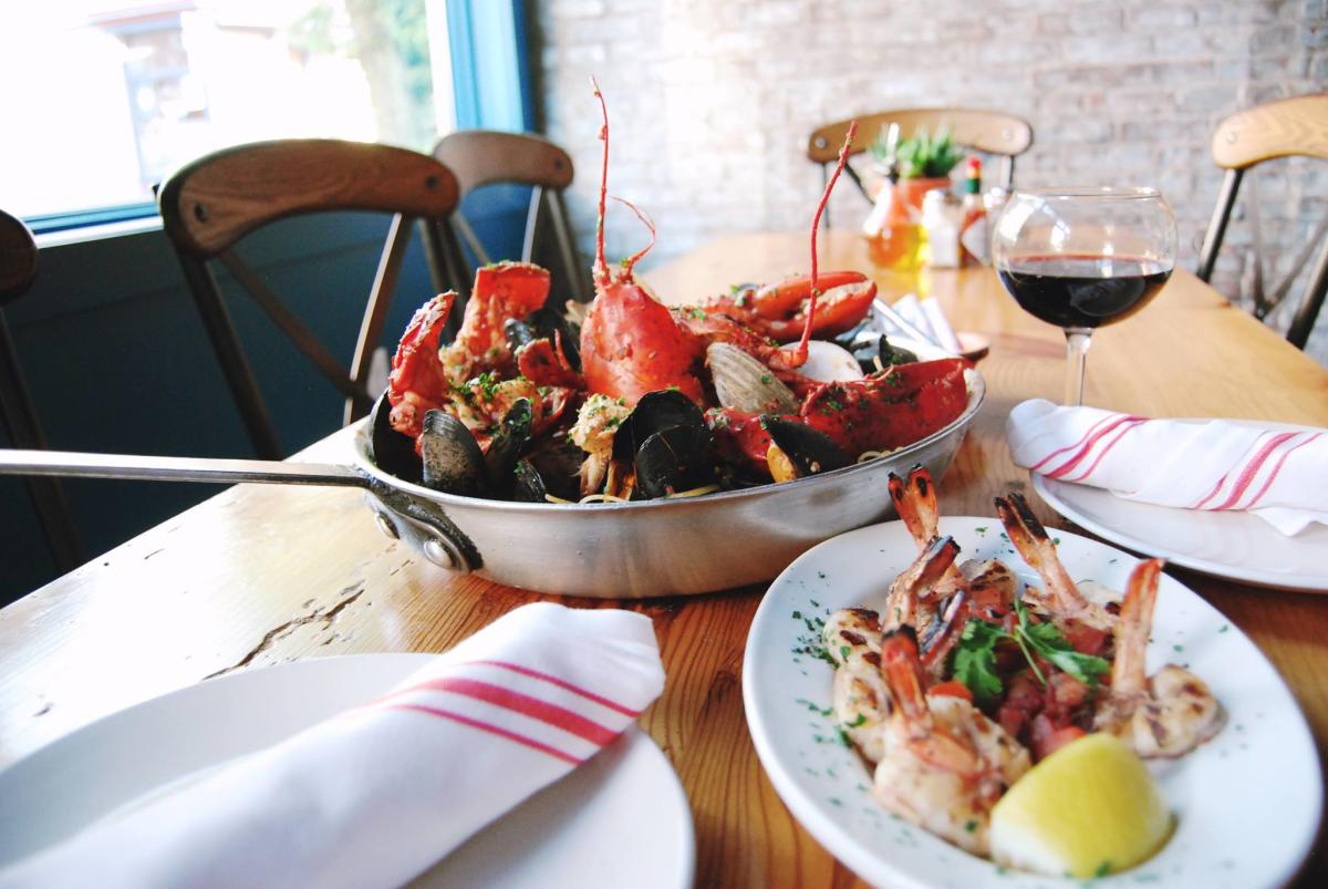 Scales & Shells Lobster Fra Diavolo