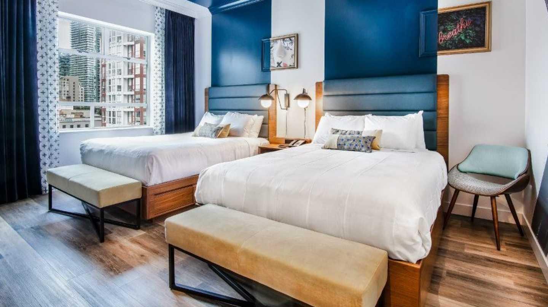Hotel Belmont Room Vancouver