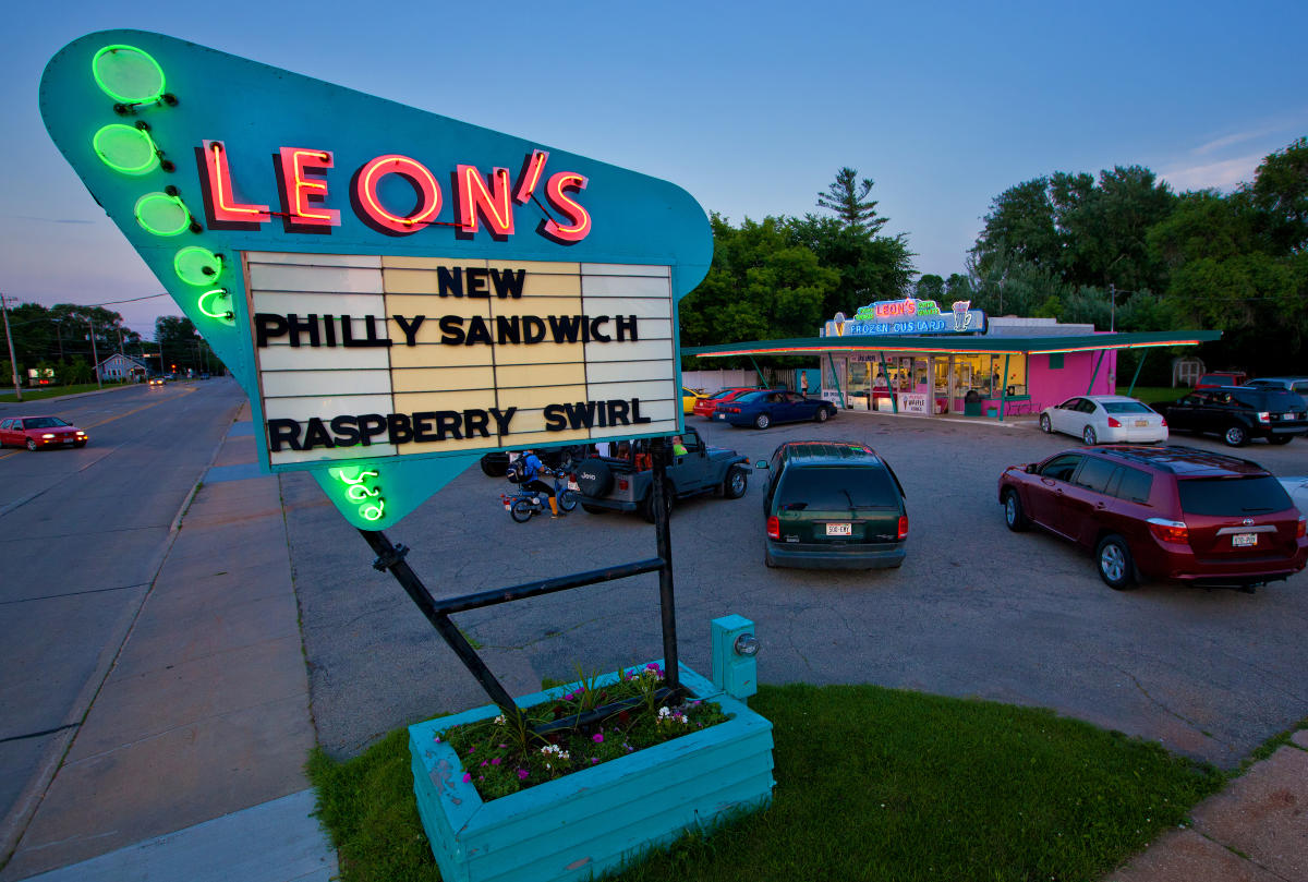 Leon's Custard Drive-In