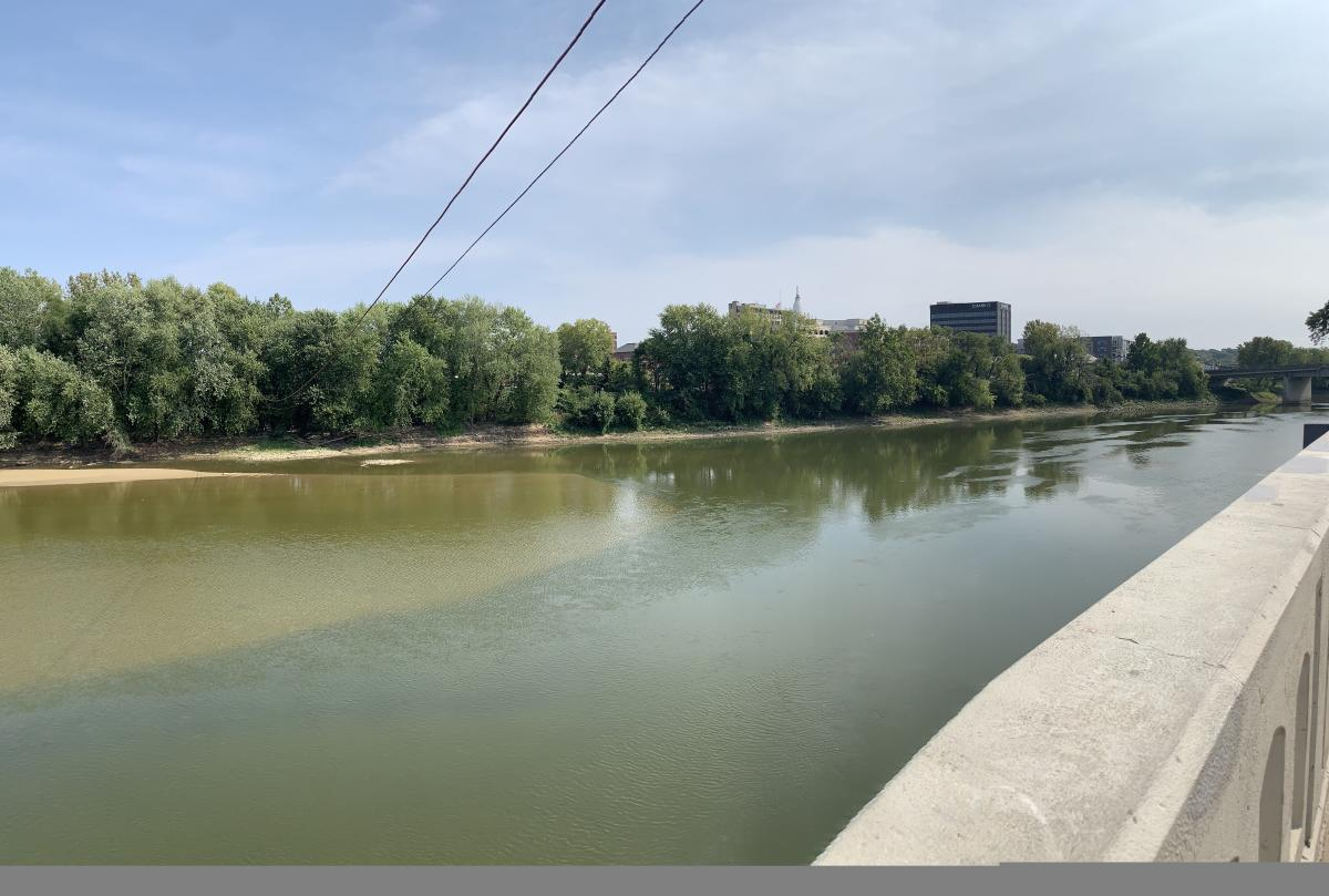 Overlooking the Wabash River from Tapawingo Park
