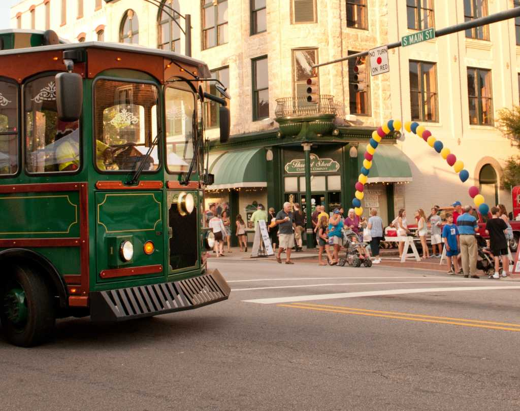 Trolley bringing guests to activities in Downtown Salisbury