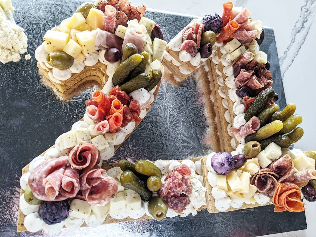 The Bubbly Tart charcuterie board in form of number 21