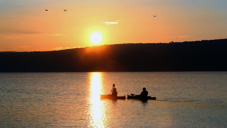 Sunset Kayak Paddle on Keuka Lake