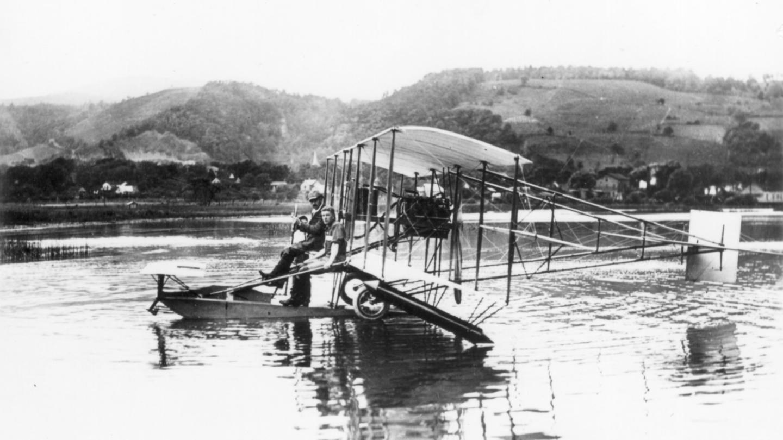 Glenn Curtiss is instructing Lt. Theodore G. Ellyson the first U. S. naval aviator on A-1 courtesy Glenn H. Curtiss Museum