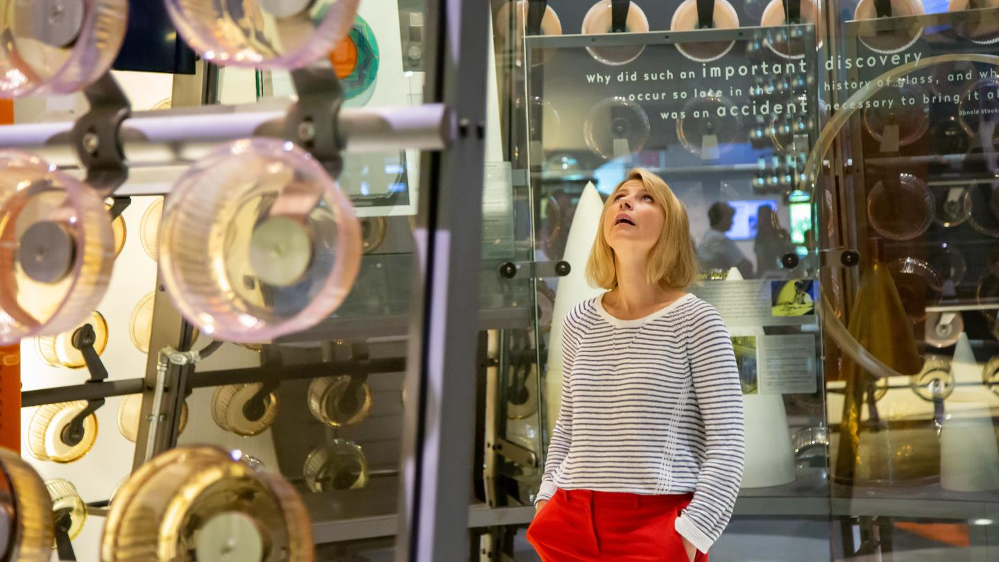 Samantha Brown Explores the Innovation Center at The Corning Museum of Glass