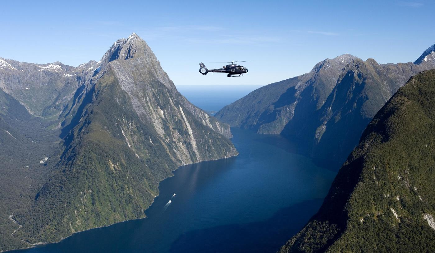 Milford Sound Helicopter Tour