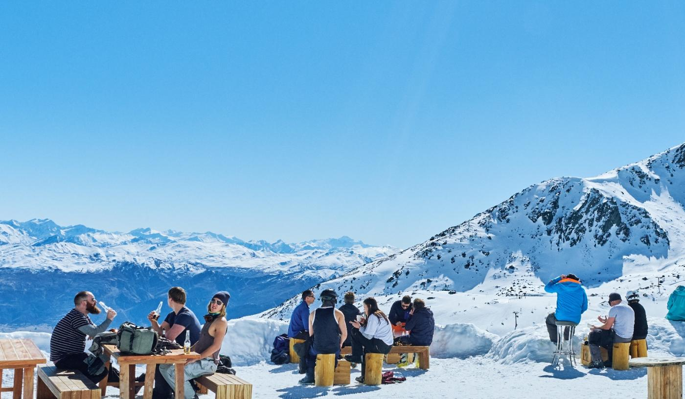 Spring ski and refreshment break at Remarkables Ski Field