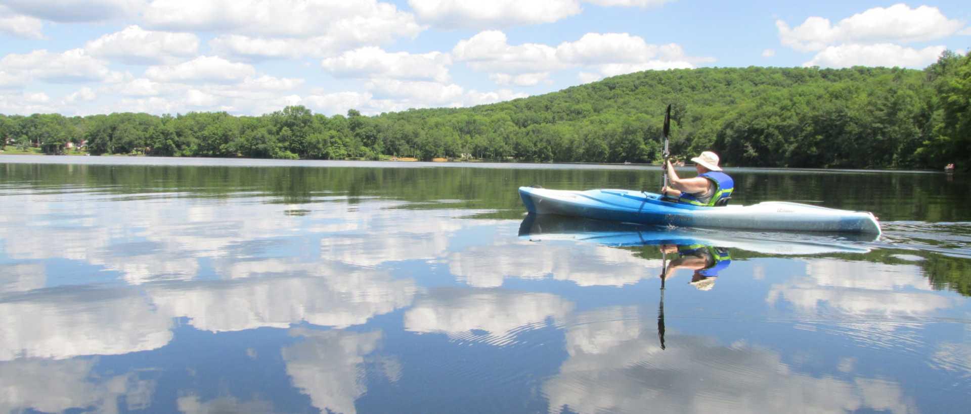 Kayaking at Keen Lake