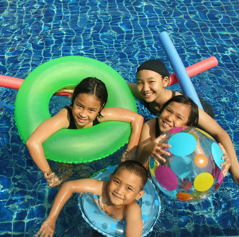 Hotel swimming pool with children in Overland Park, KS