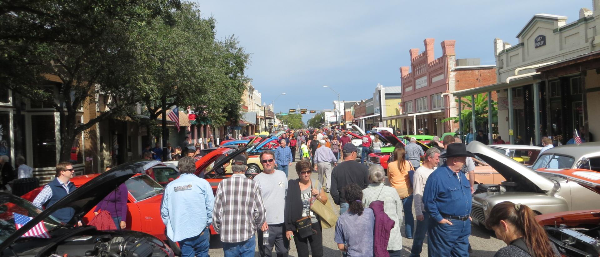 Bastrop Christmas Parade 2020 2020 Festivals in Bastrop TX   Local Celebrations All Year Round