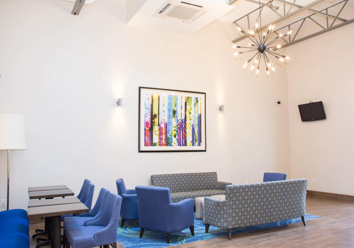 The lobby of the Allentown Park Hotel, Ascend Hotel Collection