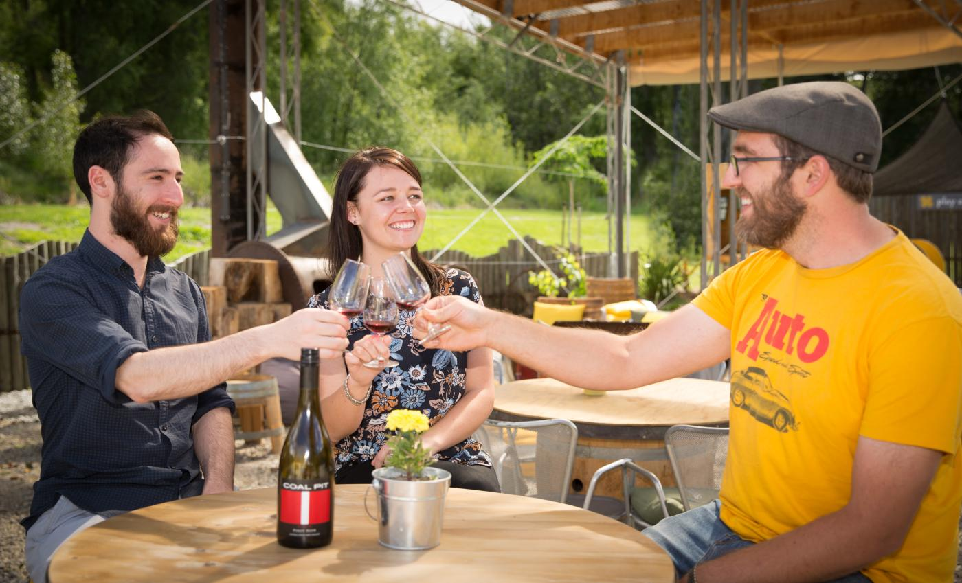 new friends wine tasting with Appellation Wine Tours