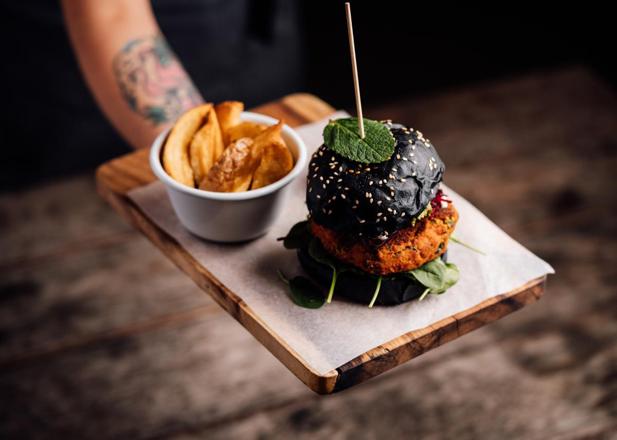 Bespoke Cafe Burger, shot by Thomas Rees Photography