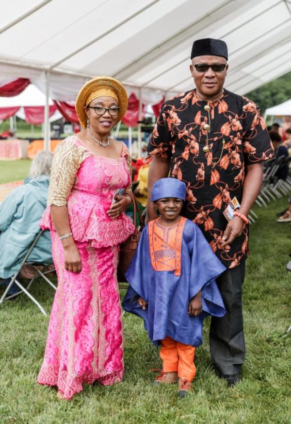 Traditionally dressed Nigerian family