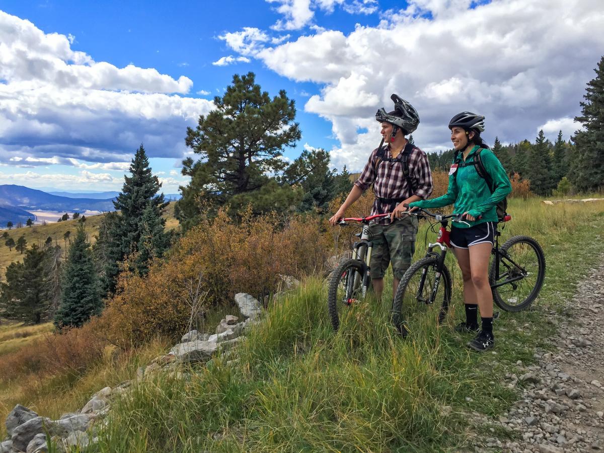 Mountain bikers in Los Alamos