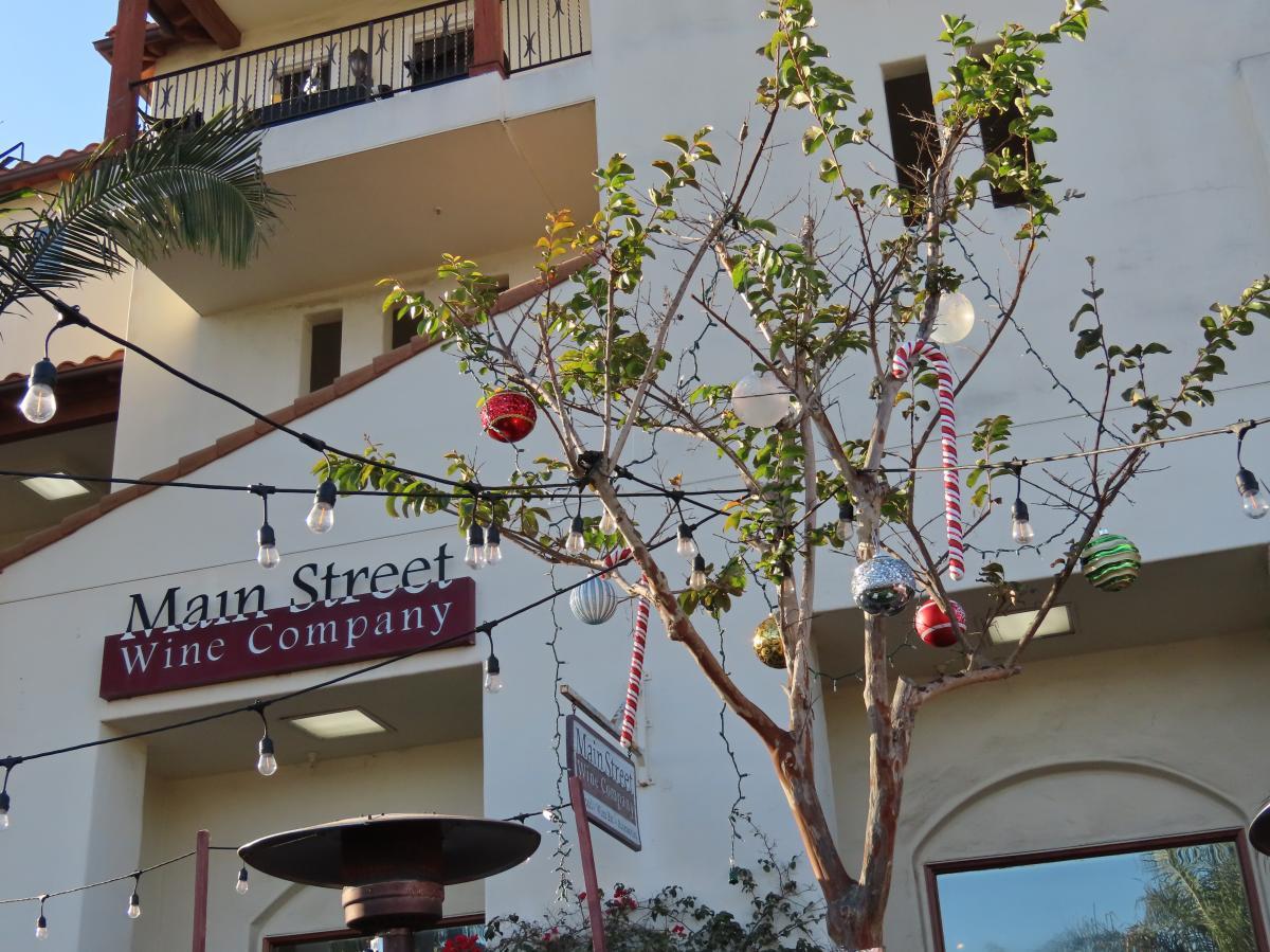 Main Street Wine Company in Huntington Beach