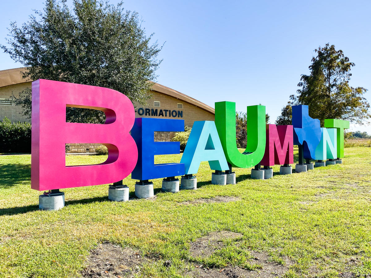 The Beaumont signs welcomes visitors to the  Ben J. Rogers Regional Visitor's Center.