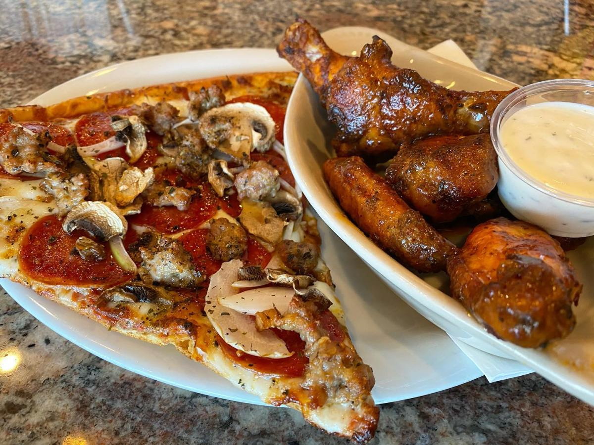 Streets of New York - Pizza and Wings