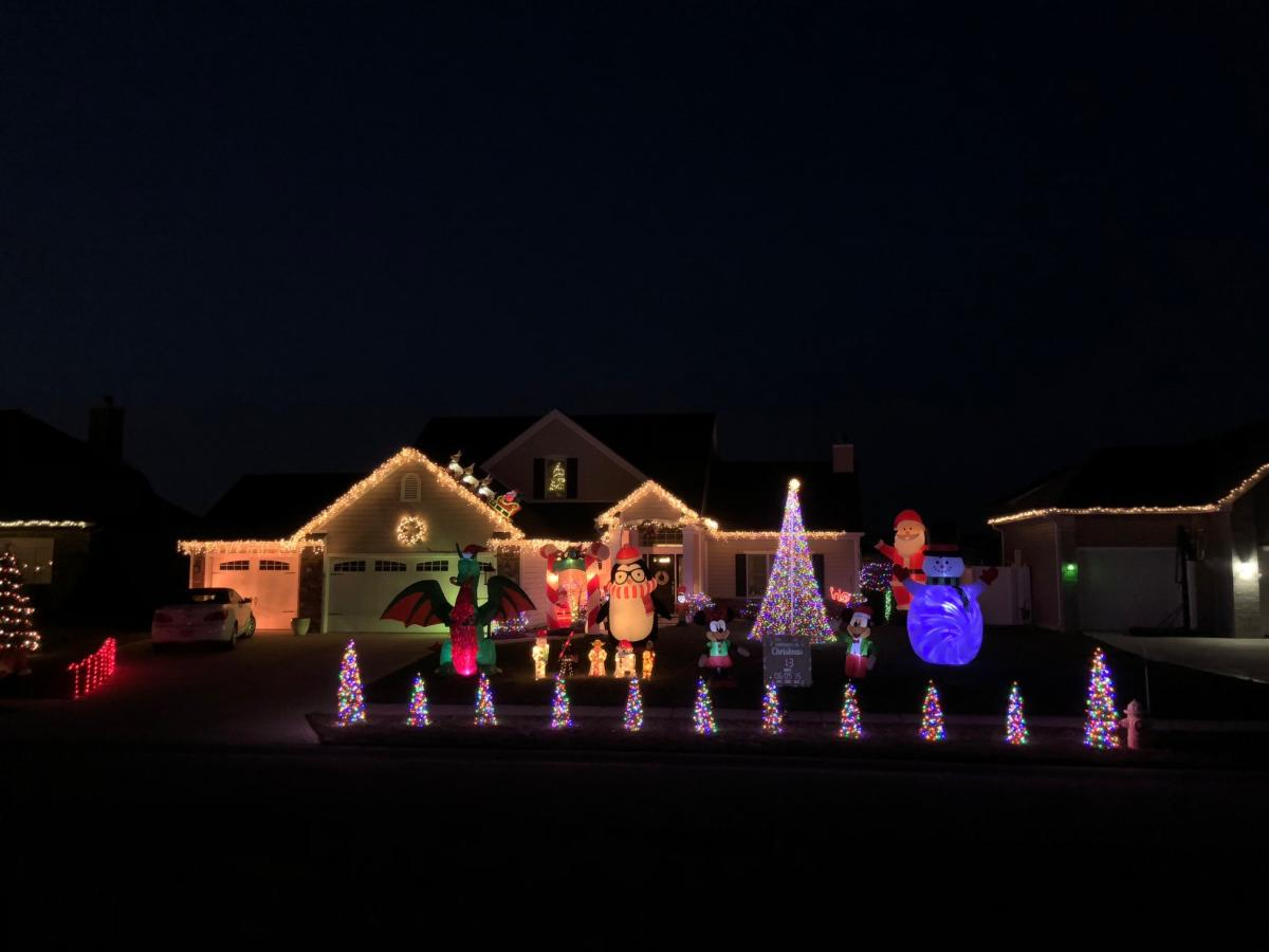 Spring Burn Drive Holiday Display - Best Christmas Lights Display in Fort Wayne, Indiana