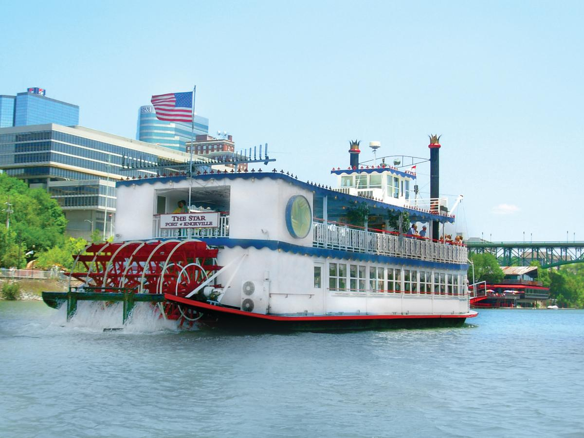 Tennessee Riverboat in the water