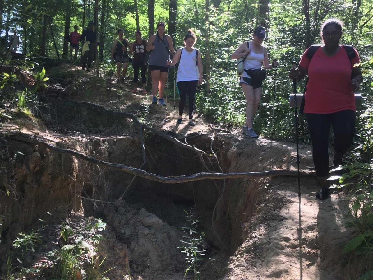 Hiking (Horizontal)